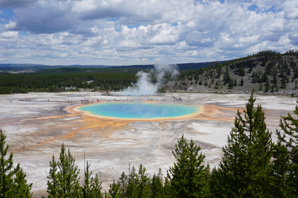 Grand Prismatic Spring viewpoint