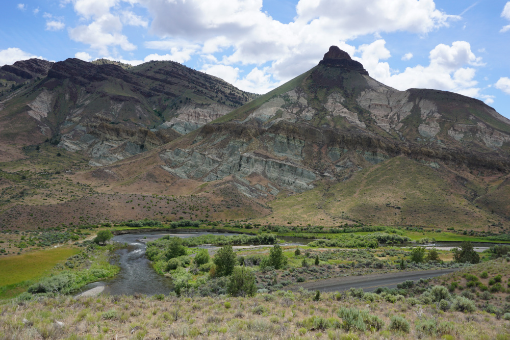 Sheep Rock John Day Fossil Beds