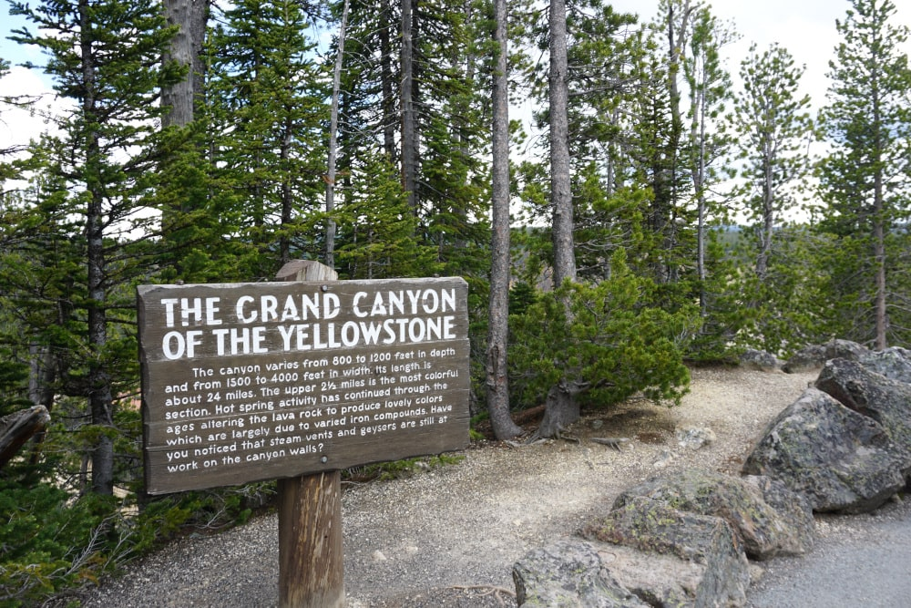Bord Grand Canyon of the Yellowstone-min