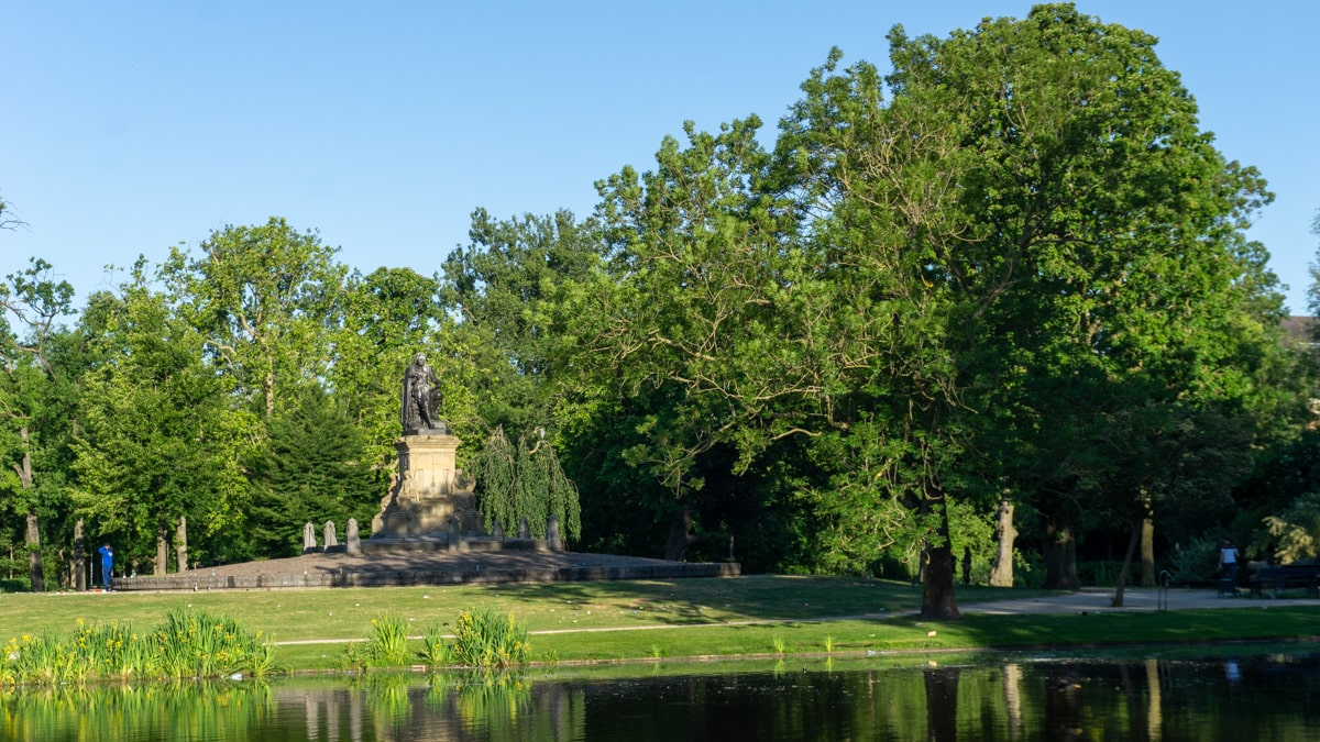 12 awesome parks in Amsterdam