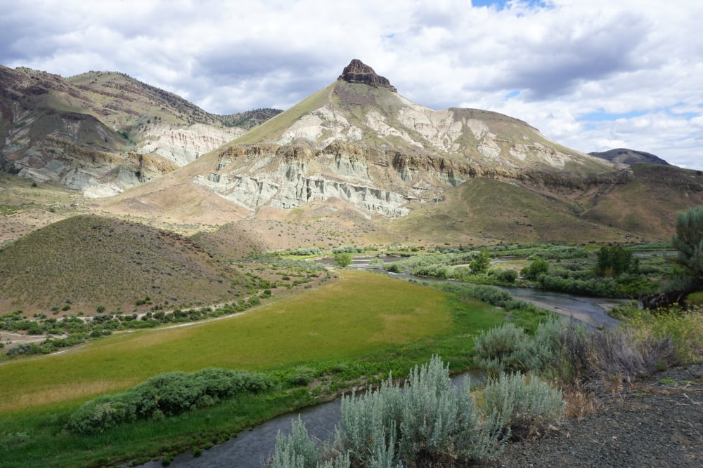 John Day Fossil Beds National Monument - Sheep Rock