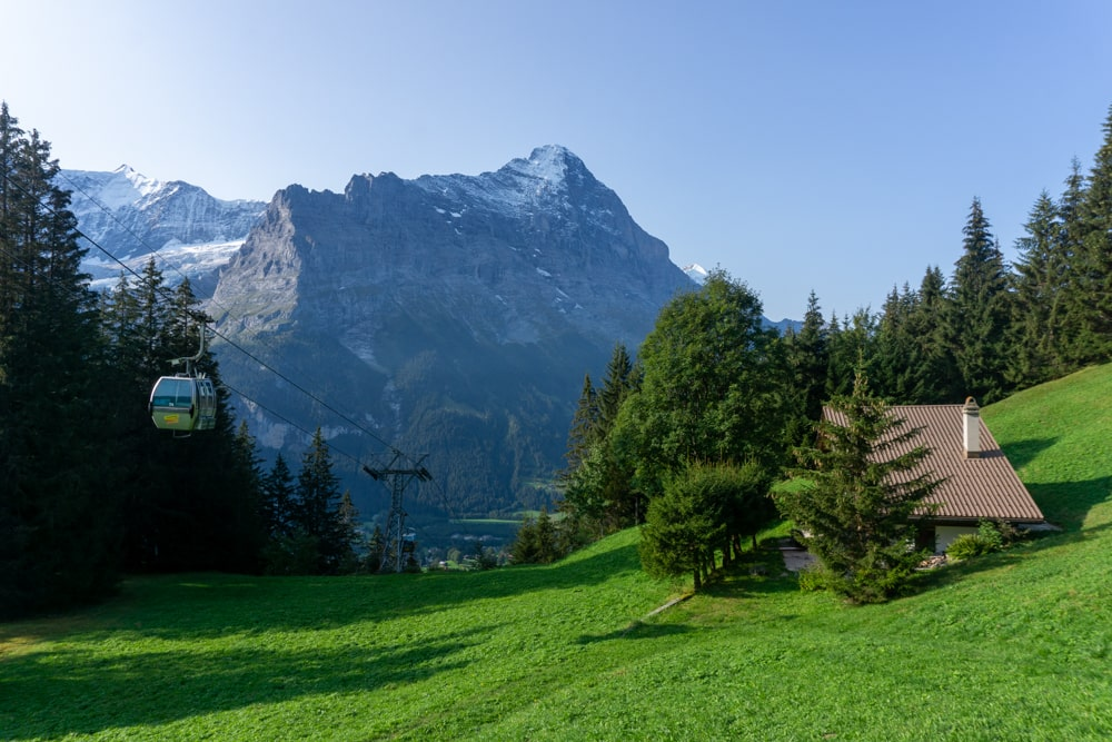 The cable car to Grindelwald First