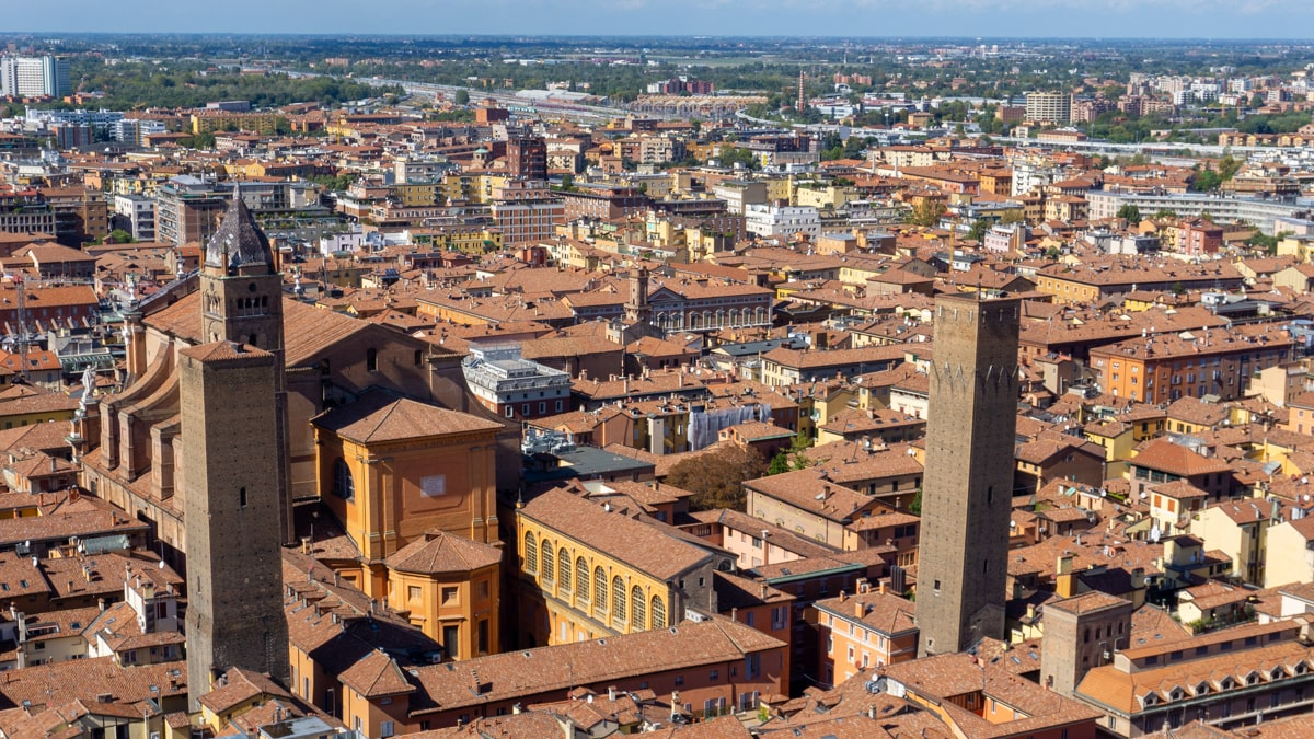What to do in Bologna Italy
